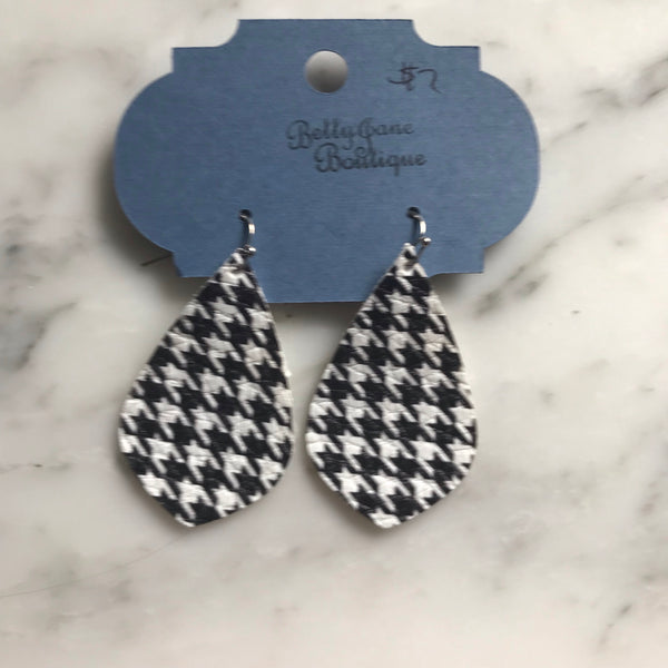 Houndstooth Pointed Teardrop Faux Leather Earring