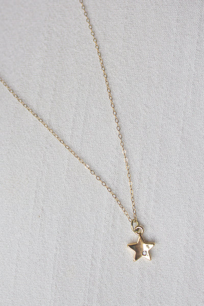 Dainty Gold Star Necklace
