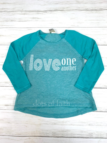 love one another long sleeve GIRLS turquoise