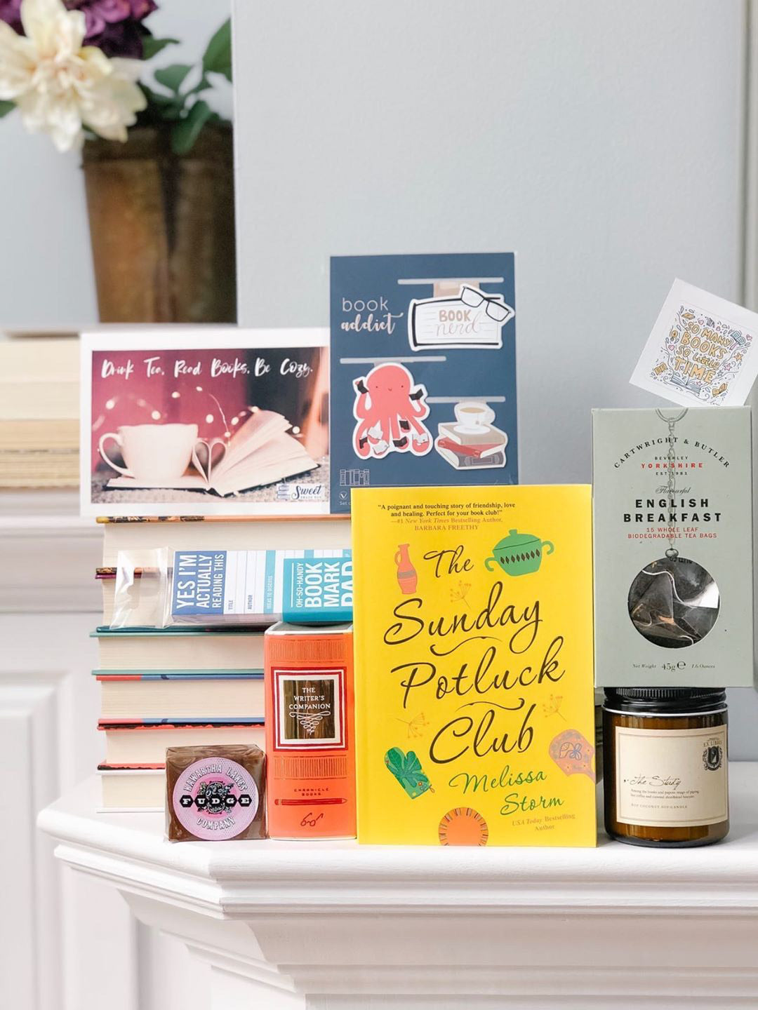 Book Lovers Box April 2020