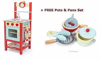 New Le Toy Van Applewood Oven Sink & Hob Wood Kitchen Set + FREE Pots & Pans - BumpsieDaisy