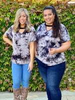 Lei in Tie Dye Short Sleeve Top
