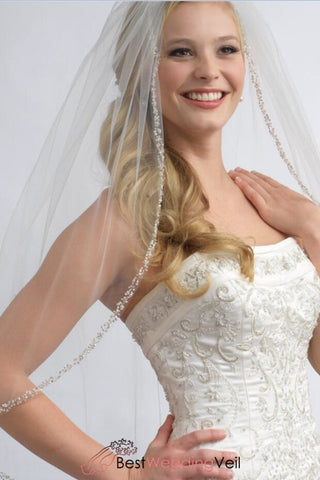 1-layer-fingertip-wedding-veil-with-crystals-and-sequins