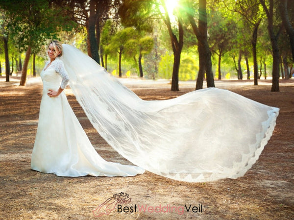 One Layer Tulle With Lace Edge Long Wedding Veils Comb Veil