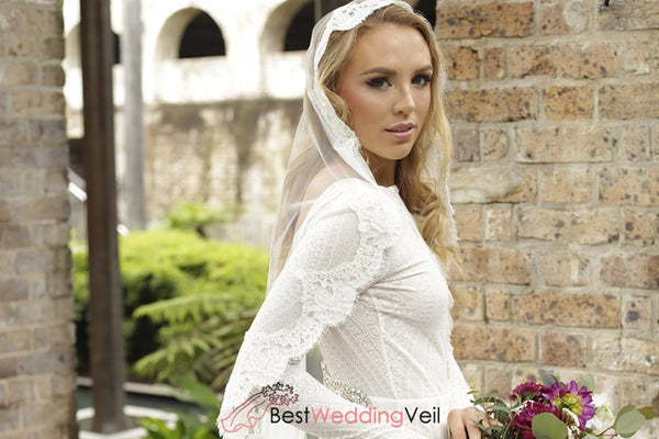 Lace Edge One Tier Fingertip Length Bridal Veil Wedding