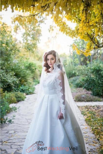 beautiful-applique-trim-white-wedding-veil-with-mantilla-lace