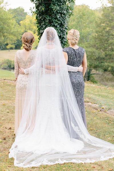cathedral-length-1-tier-partial-lace-wedding-veil-ivory-4