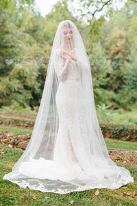 cathedral-length-1-tier-partial-lace-wedding-veil-ivory