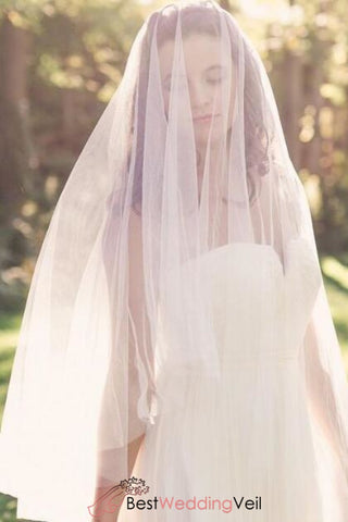 charming-fingertip-length-tulle-veil-for-wedding-no-comb