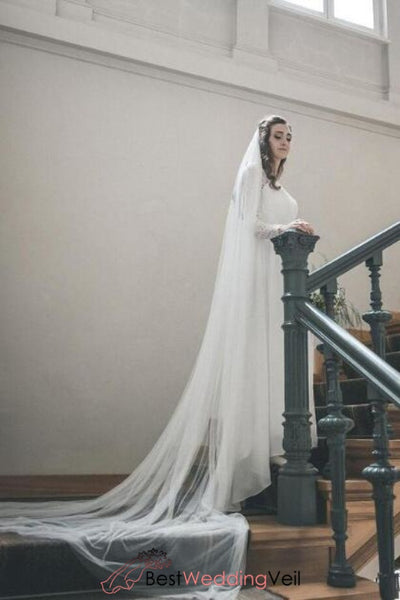 classic-cathedral-long-tulle-bridal-veil-cut-edge