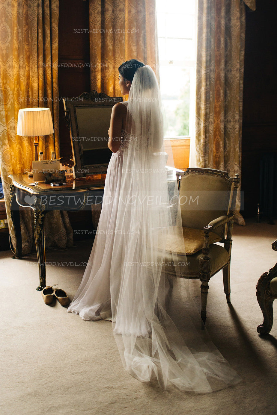 cut-edge-simple-ivory-bridal-veils-1t-tulle