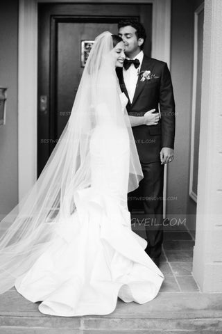 cut-edge-two-tier-ivory-wedding-veil-cathedral