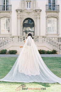delicate-soft-tulle-long-ivory-bridal-veil-with-comb