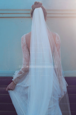 draping-style-bohemian-wedding-veil-single-tier-tulle