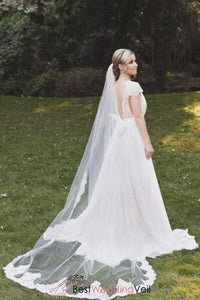 flora-cathedral-alencon-lace-bride-veil-for-church-single-layer