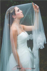 floral-soft-tulle-lace-applique-long-wedding-veil-online