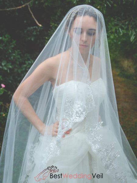 Gold Lace Edge White Bridal Veil Custom Made Accesories Wedding