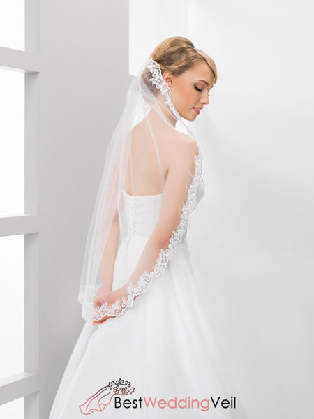 One Tier Tulle White Bridal Veil Lace Applique Edge Wedding