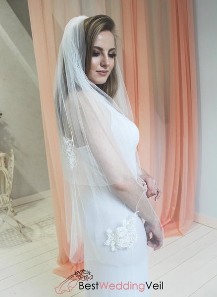 Ready To Ship Two Layer Short Bridal Lace Veil With Comb Wedding