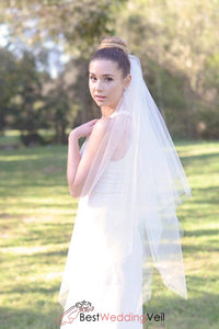 fingertip-square-cut-raw-edge-tulle-ivory-wedding-veil