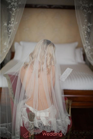 illusion-waltz-length-types-of-wedding-veil-lace-appliqued-edge