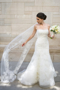 ivory-tulle-with-partial-appliques-wedding-veil-with-comb