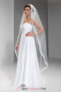 lace-applique-edge-waltz-length-bridal-veils-single-layer-tulle