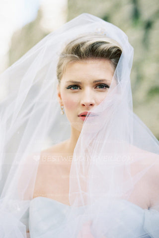 one-layer-tulle-ivory-long-veil-for-wedding