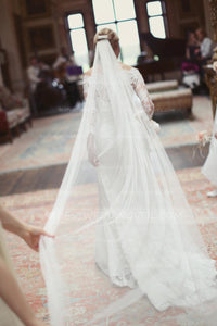 one-layer-tulle-material-ivory-wedding-veil-styles