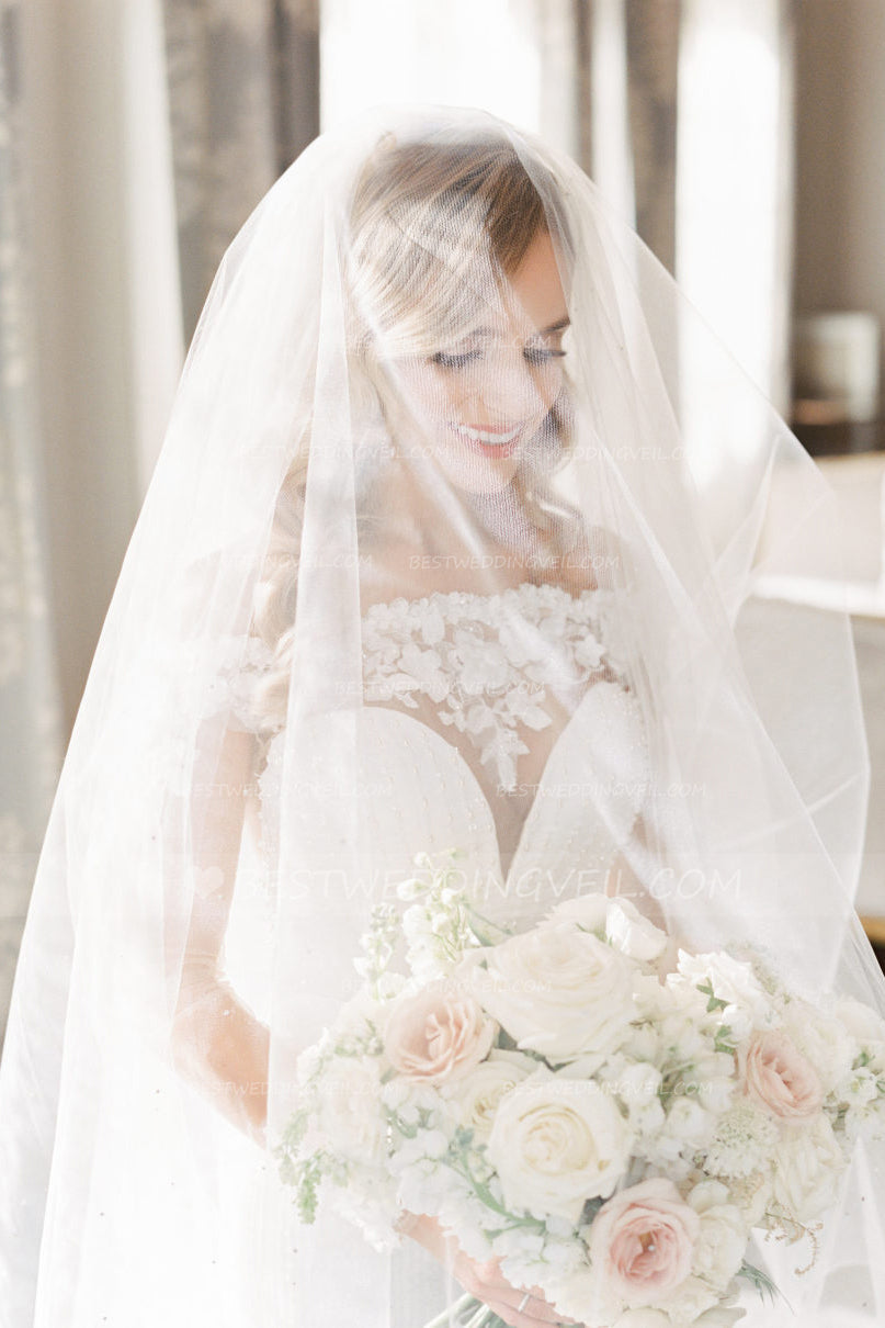 one-layer-tulle-romantic-ivory-bridal-veil-instagram