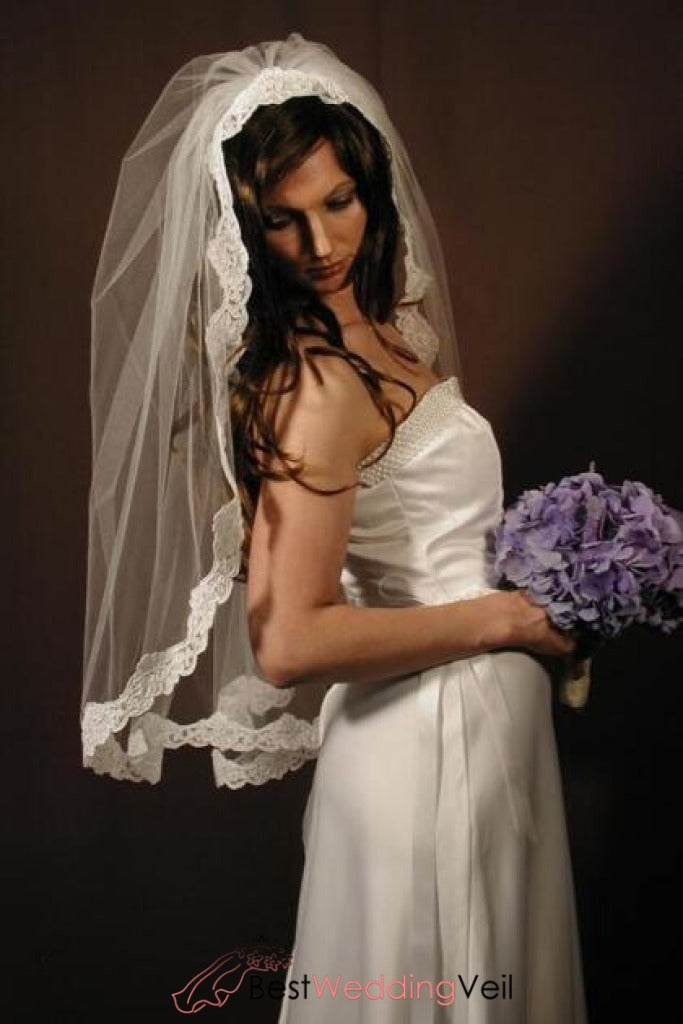 perfect-ivory-bridal-veils-elbow-length-with-alencon-lace