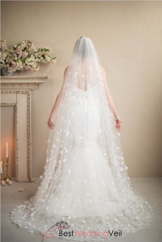 petal-wedding-veil-accessories-beaded-cascading-flowers-of-organza-on-tulle