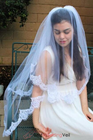 romantic-tulle-lace-applique-edge-white-bridal-veils-fingertip-length