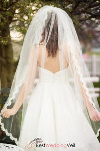 short-full-two-layer-alencon-lace-wedding-veil-with-blusher-vintage-style