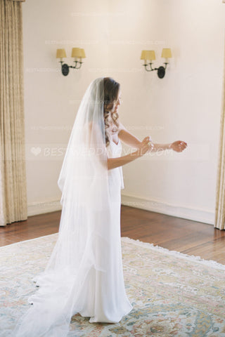 single-layer-chapel-length-drop-bridal-veil-ivory