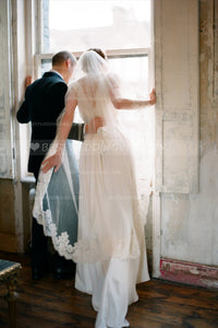 single-tier-partial-appliqued-waltz-length-wedding-veils-ivory
