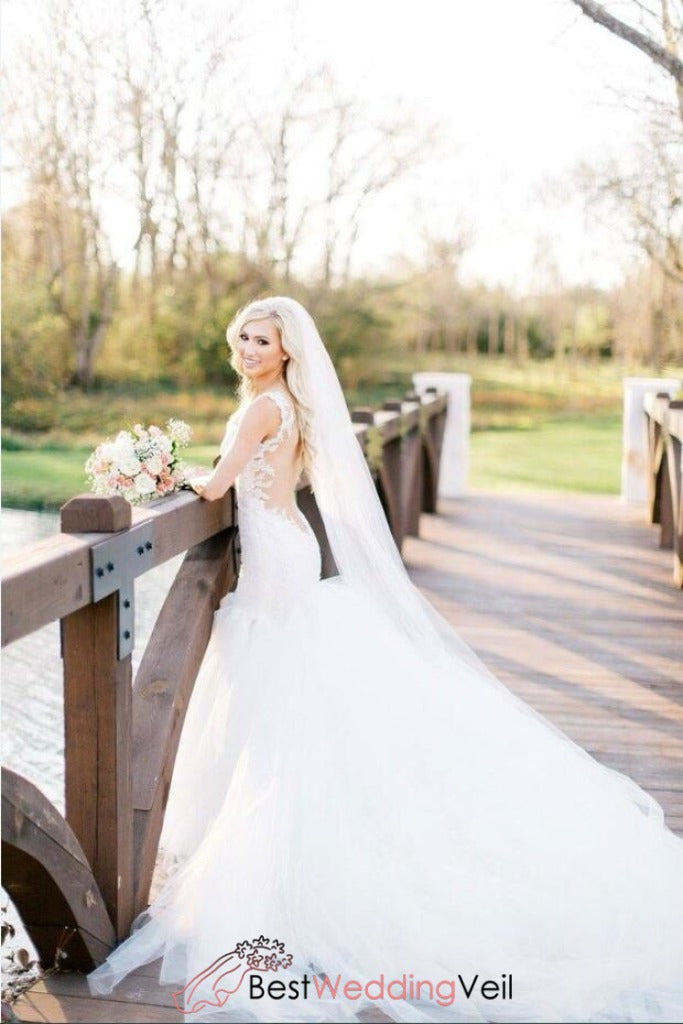 soft-long-wedding-veil-with-comb