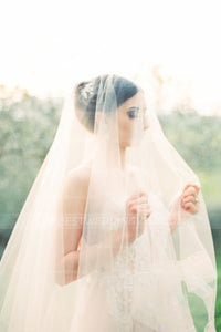 soft-tulle-chapel-length-ivory-wedding-veils-cheap