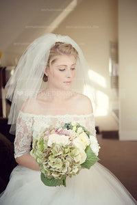soft-tulle-shoulder-length-ivory-bride-wedding-veils-short