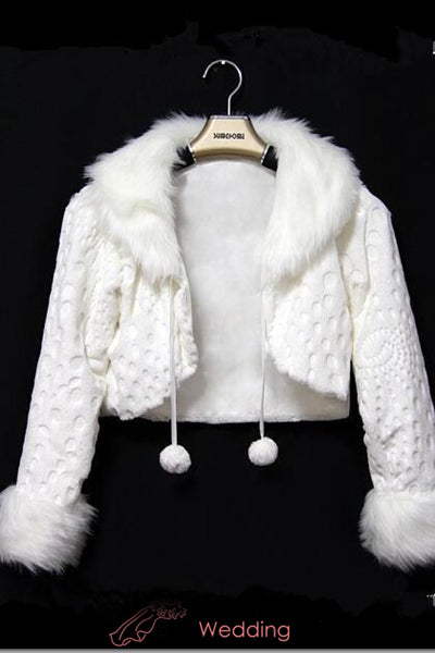 waist-length-faux-fur-coat-for-bride-long-sleeves-winter-wedding-jacket