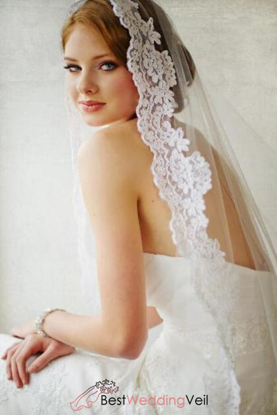 wedding-hair-accessory-long-veil-lace-applique-trim