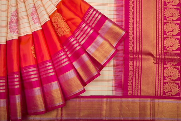 Trisha's Impressive Multi-Colored Kanchipuram Style Pattu Saree