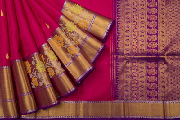 Trisha's Elegant Red Colored Festive Wear Gadwal Handloom Saree