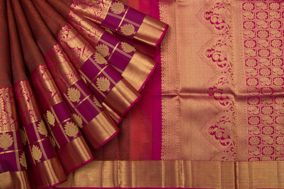 Trisha's Elegant Multicolored Festive Wear Gadwal Handloom Silk Saree