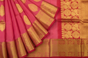 Trisha's Adorable Red Colored Handloom Silk Saree