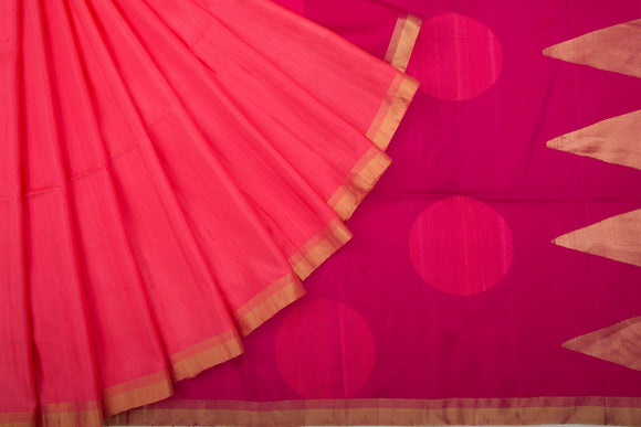 Trisha's Elegant Red Colored Festive Wear Handloom Silk Saree