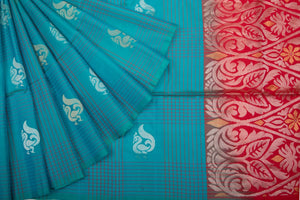 Trisha's Appealing Cyan Colored Festive Wear Handloom Silk Saree