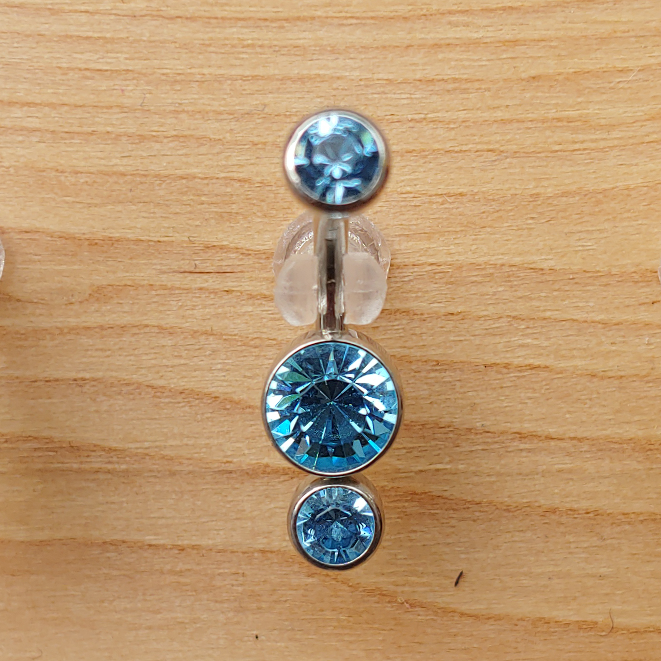 DOUBLE BEZEL-SET CZ NAVEL CURVES