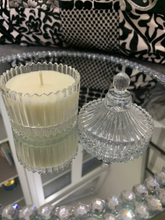 Load image into Gallery viewer, Mini Ribbed Carousel Candle