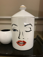 Load image into Gallery viewer, Marilyn candle - ceramic jar with knob lid